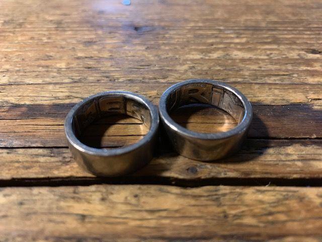 Ehering mit Metalldetektor gefunden